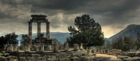 templo_de_atenea_en_delfos1